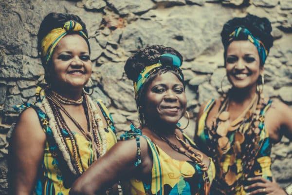 Lazir Sinval, Dely Monteiro e Luiza Marmello são integrantes do grupo Raízes Africanas