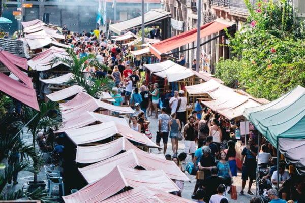 A Feira Rio Antigo acontece todo primeiro sábado do mês (Foto: Alexandre Macieira/Riotur)