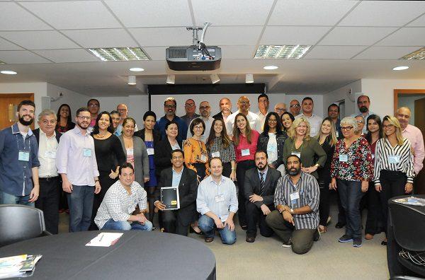 Café com Negócios reuniu mais de 40 empresários