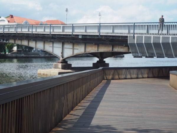Porto Maravilha em crise: Orla Conde passa sob ponte de ilha da Marinha